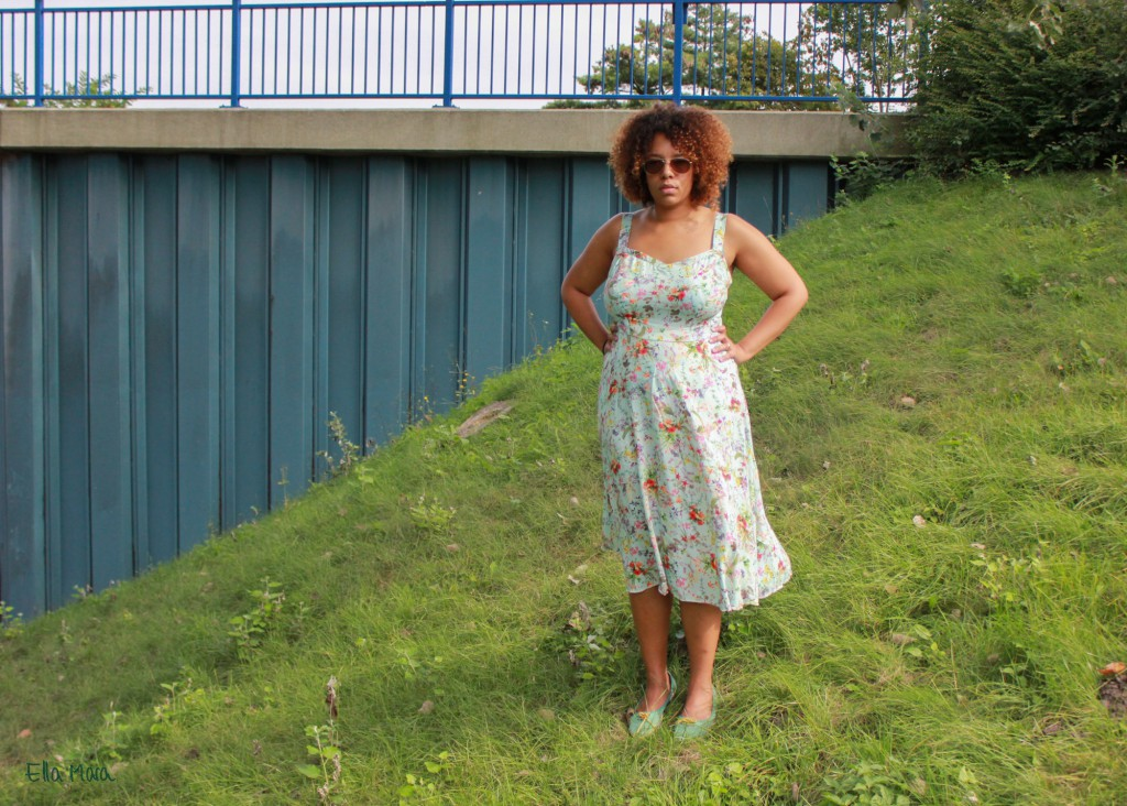 ella_mara_streublumen_kleid_smock-1